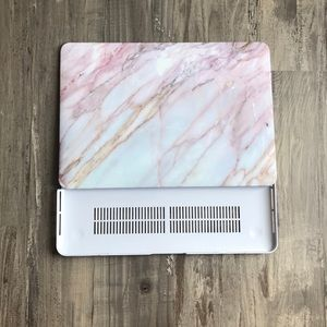 Apple MacBook Air Plastic Hardshell Snap-on Case